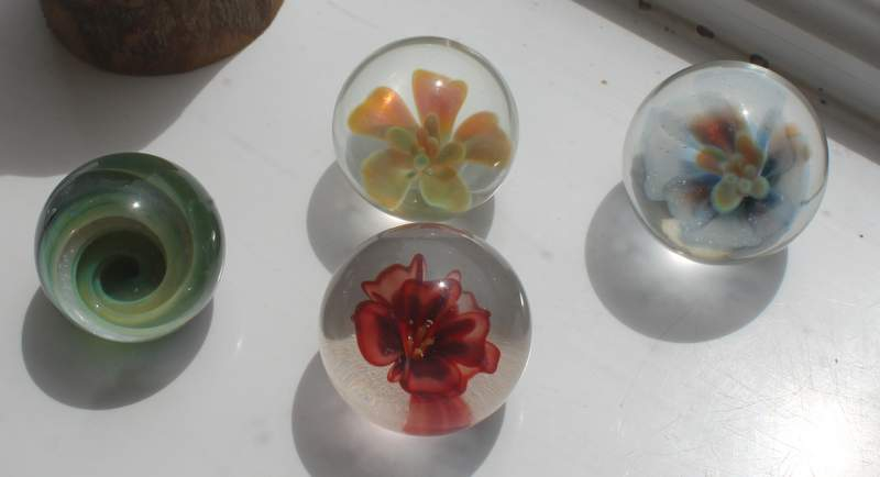 Marbles-and-paperweights